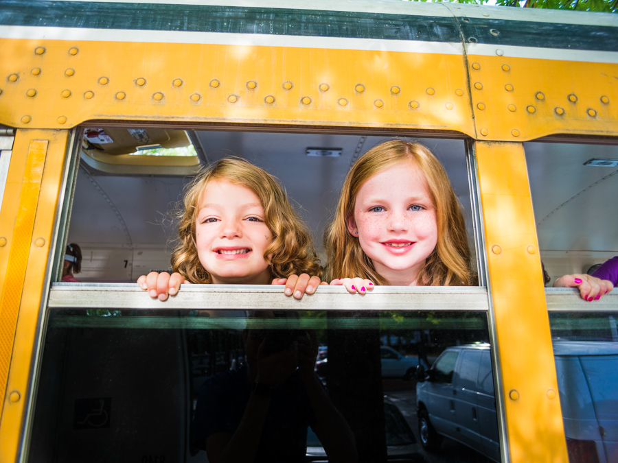 campers-on-bus